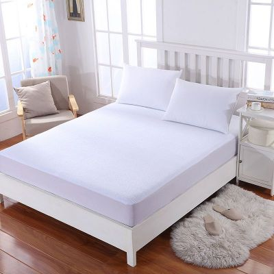 American polo Mattress Protector With An Outer Face Of Towel - White - 200x200cm