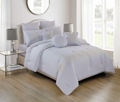 مفرش فندقي ،مطرز ، مُصنع من القطن ، حجم مجوز، لون أبيض فاتح، عدد 8 قطع ، 240*260 سم